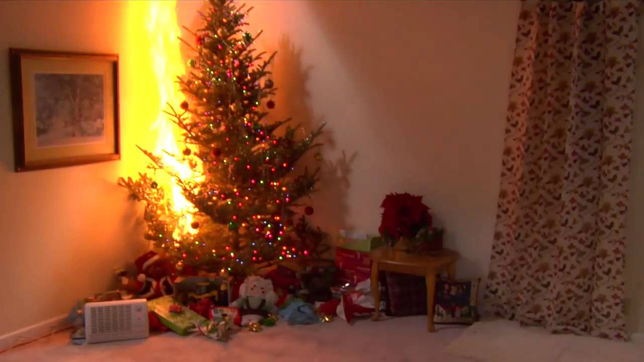 Christmas-Tree-On-Fire-1280x720.jpg